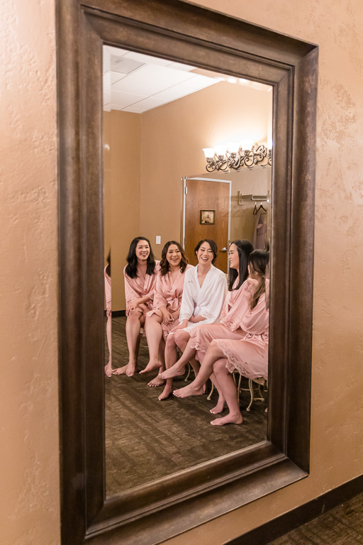 girls chatting candidly at venue's bridal room