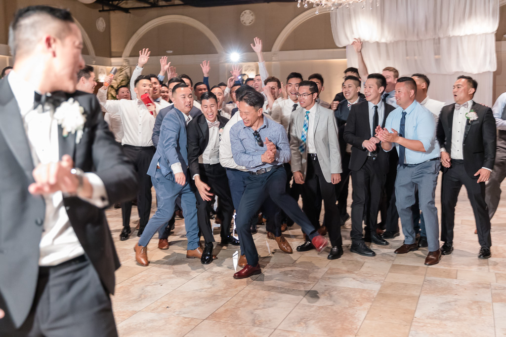 funny moment when guys fought over the garter
