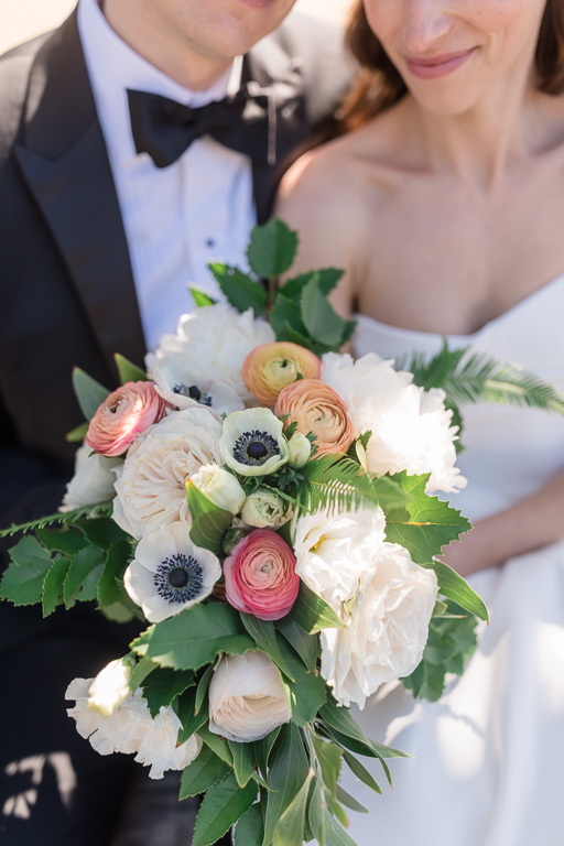 beautiful bouquet for classic wedding