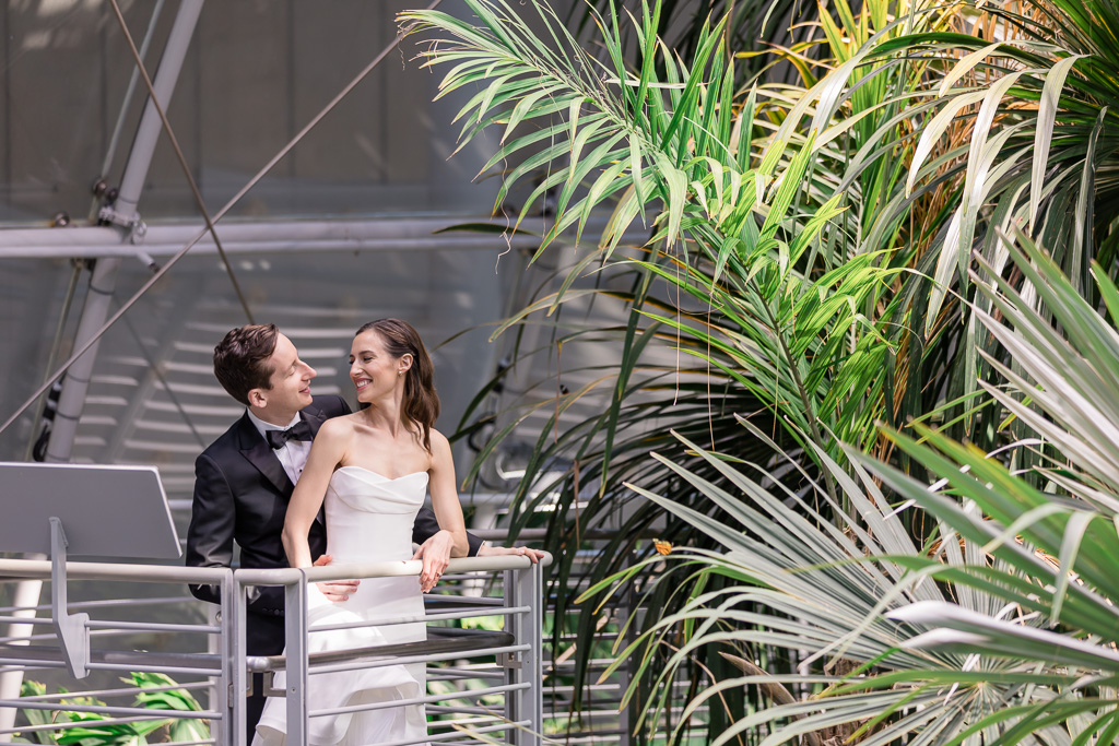 California Academy of Sciences wedding photo in the greenhouse