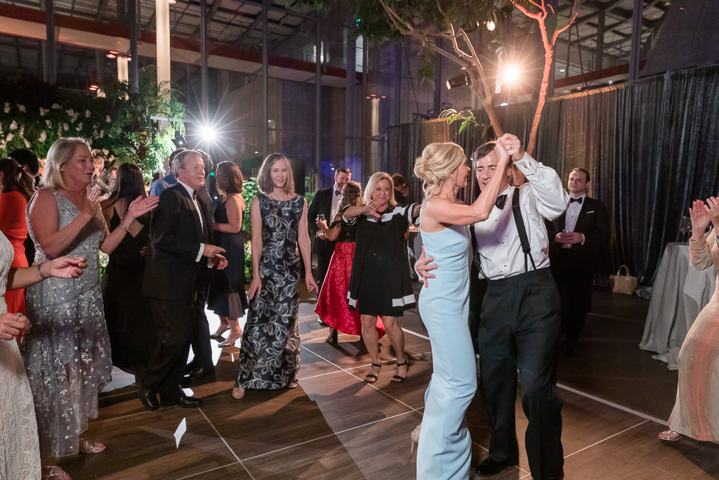 parents of the bride owning the dance floor