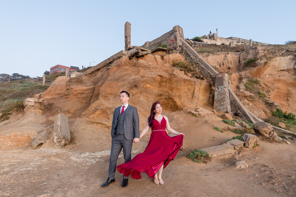 engagement photo under the Cliff House