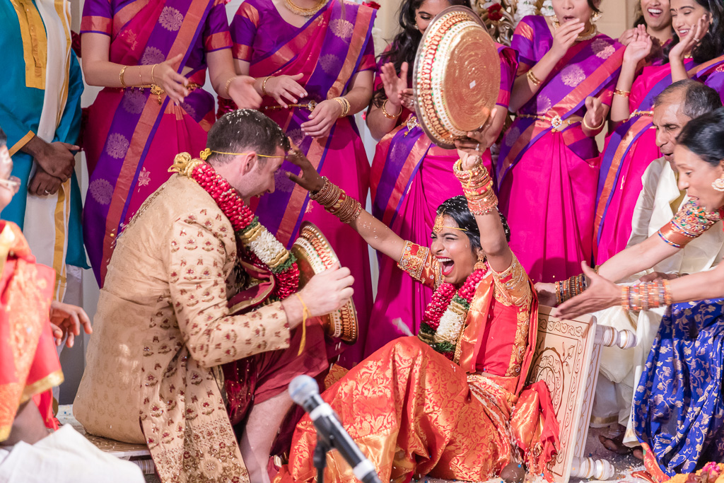 funny and sweet moment when bride got excited and fell on the ground