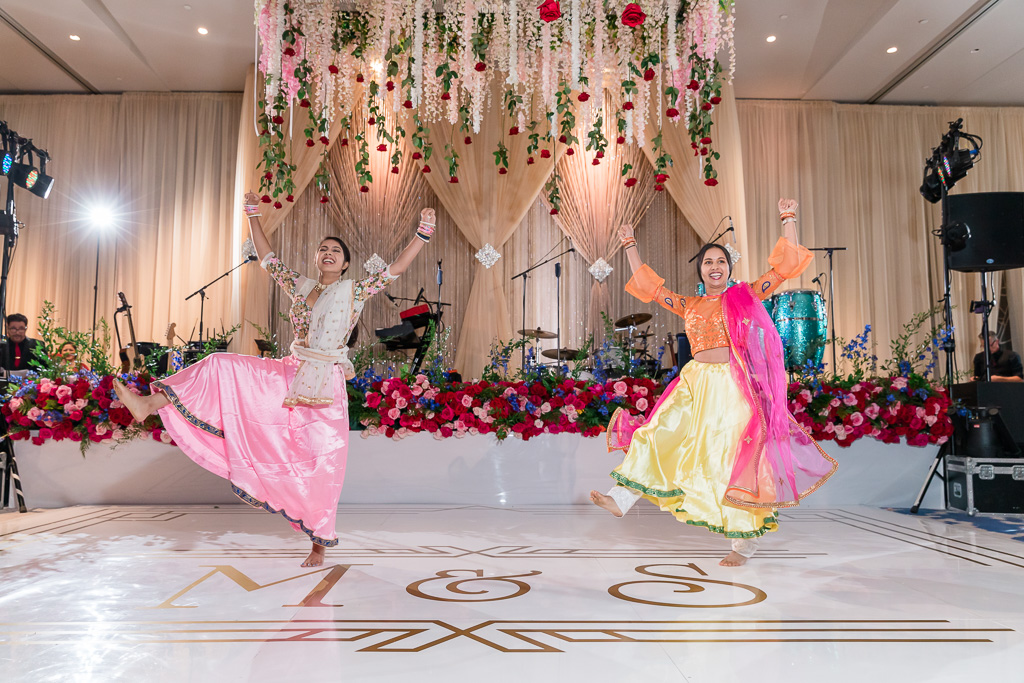 surprise wedding dance by the guests