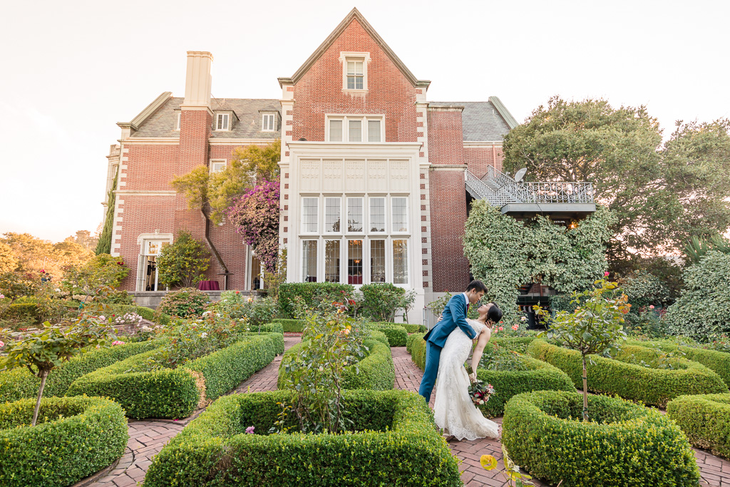 Bay Area grand mansion outdoor wedding