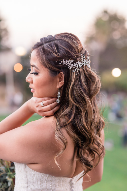 elegant bridal jewelries at modern San Francisco wedding