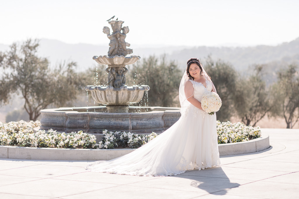 bridal solo at Willow Heights Mansion fountain