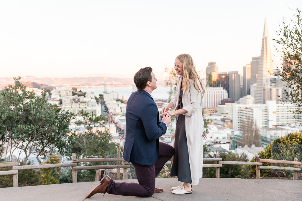 surprise proposal with an amazing San Francisco city view