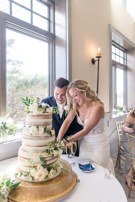bride and groom cake cutting at Oceano Hotel