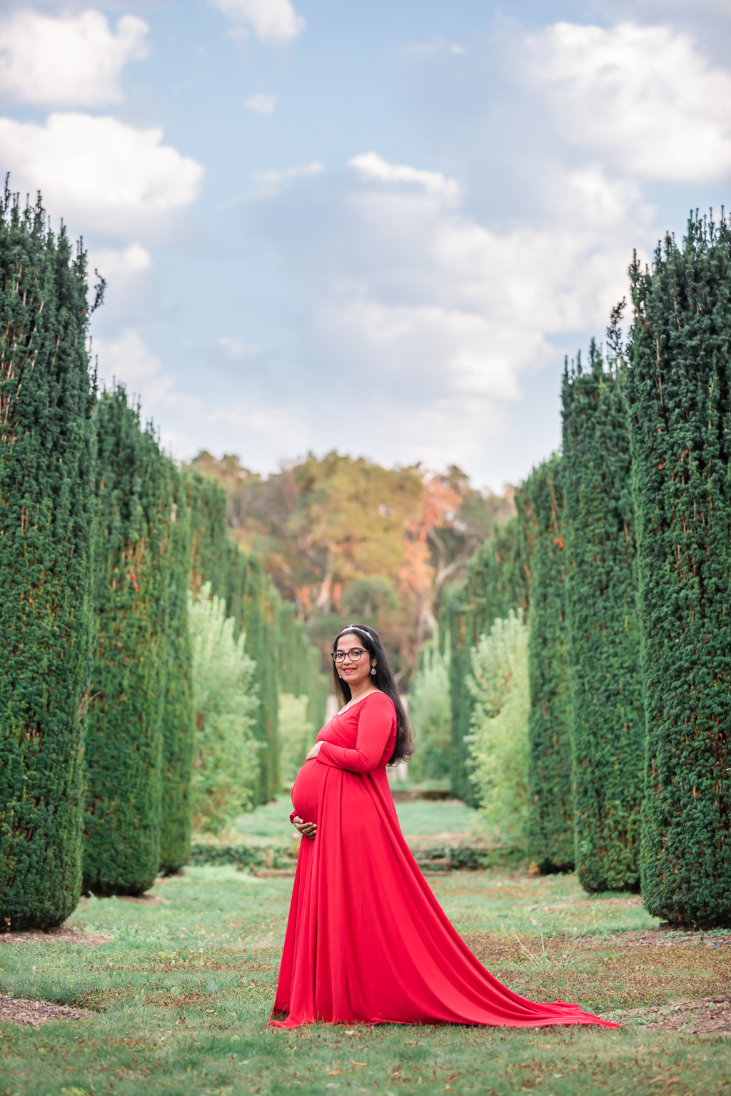 Filoli Gardens maternity photo shoot at the two rows of trees